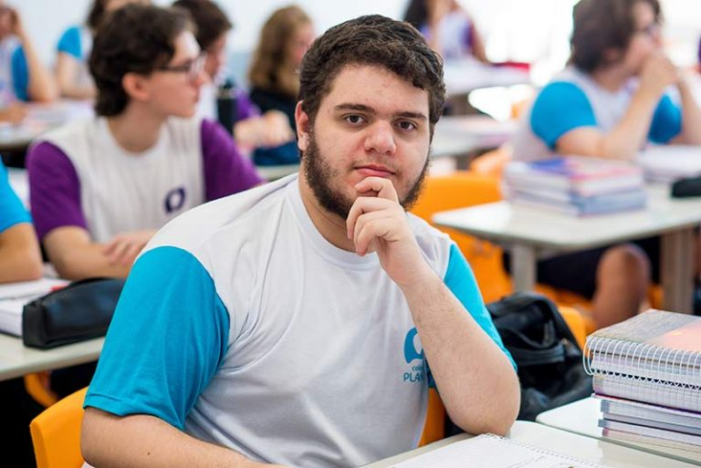 Colégio-Planck-Ensino-Médio-(5)